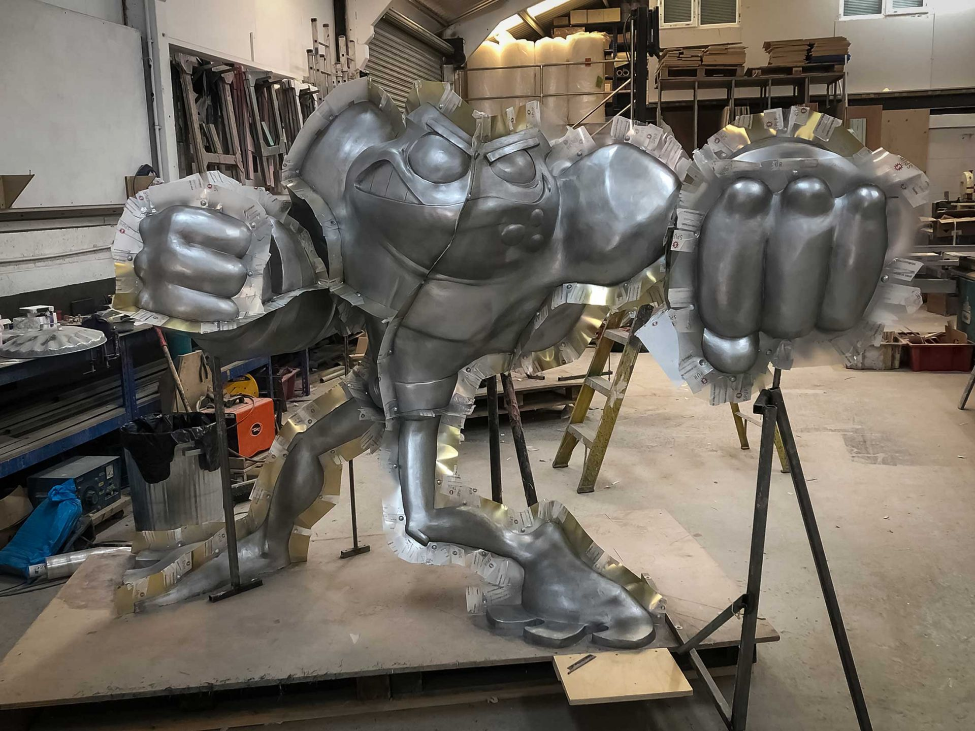 Giant pimples battletoad being moulded.